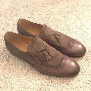 Men's Gucci tasseled loafers size 8